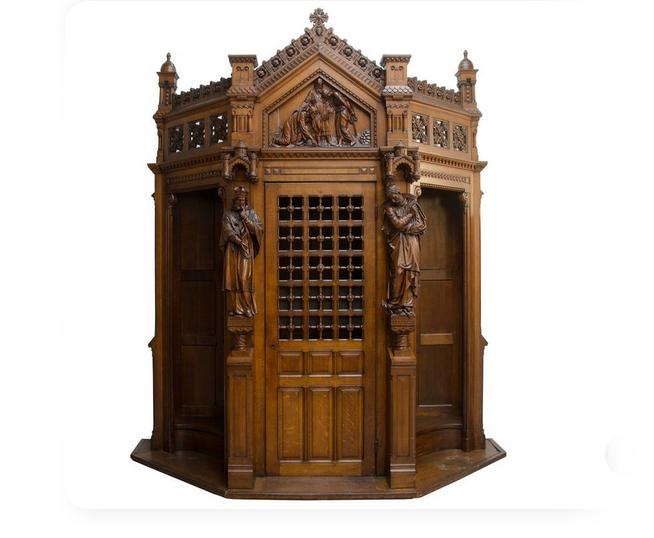 Confesionario gótico
